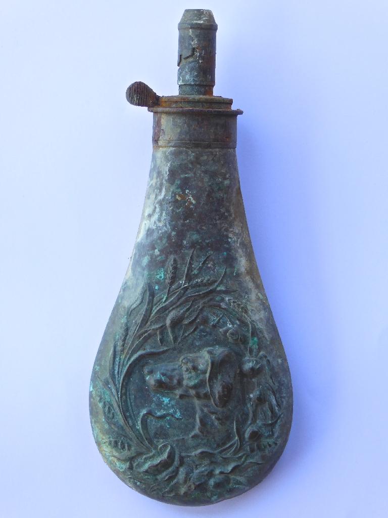 LISDD:2014.212 Gunpowder Flask from Balimackillichan (25cm long)