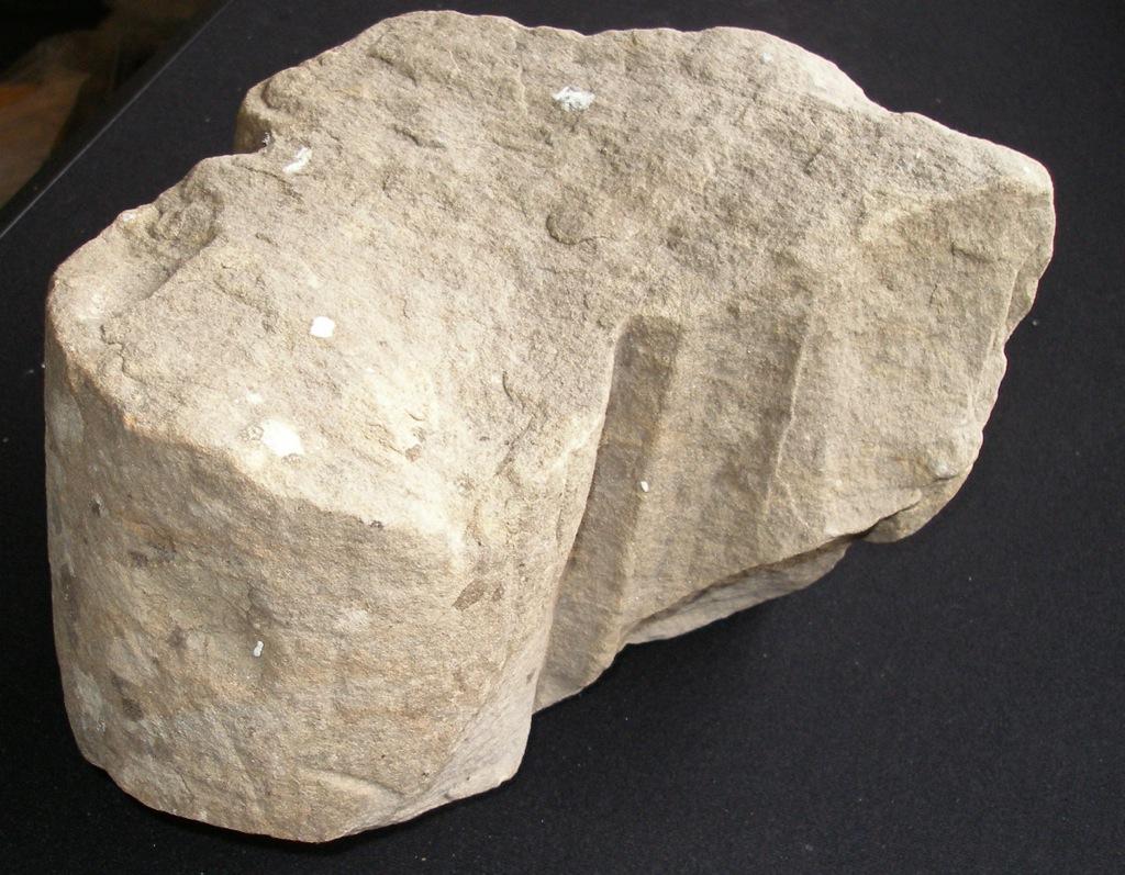 LISDD:2006.125 Profile moulding 27cm x 21cm x 20cm