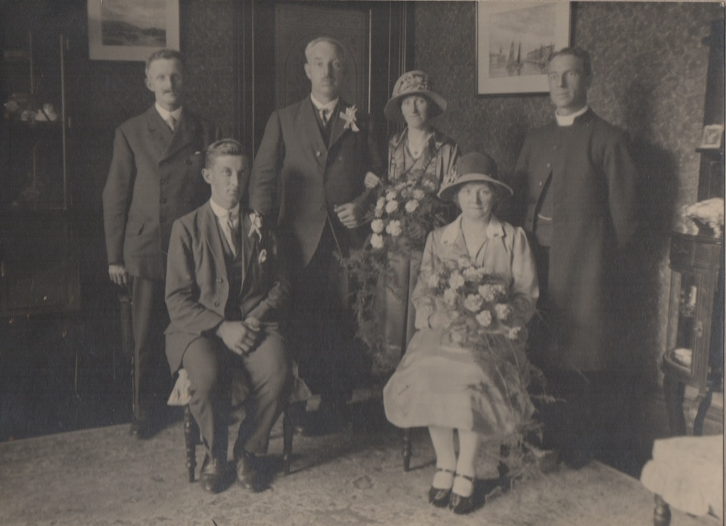 Marriage of Neil Thomson and Jessie MacFarlane, 1927