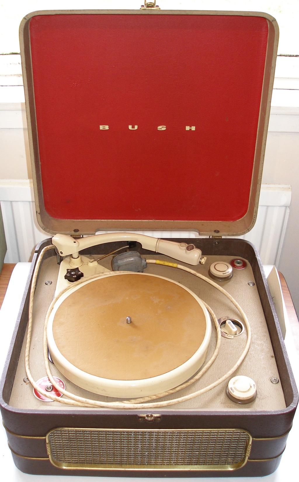 LISDD:2006.68 Bush RP20 Record Player